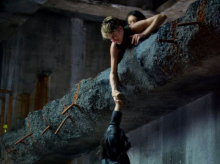 Tris Saves Christina