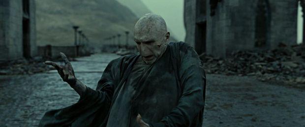 Voldemort Dying.jpg